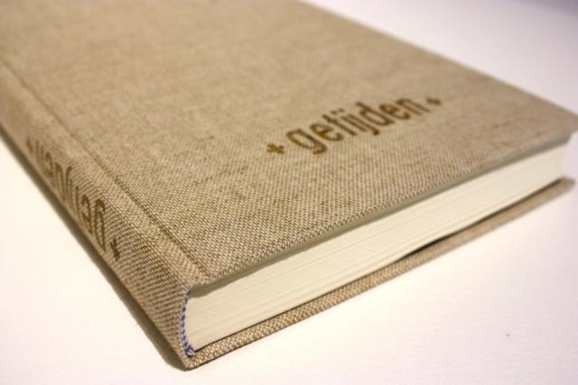 boek, boekbinder, boekbinden, ronde rug, foliedruk, natuurlinnen, handgemaakt, kapitaalband