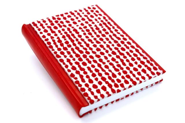 Boek bradel binding papier omslag hand gemaakt leer rood rug voorlijst