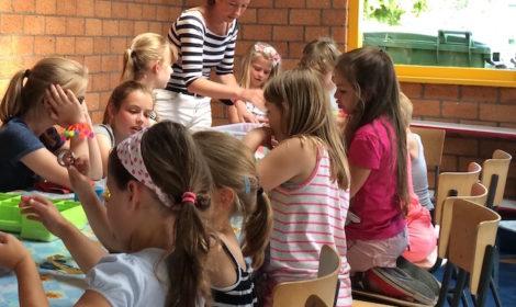 boekjes maken, workshop, kinderen, boekbinden, BSO, school, feestje,